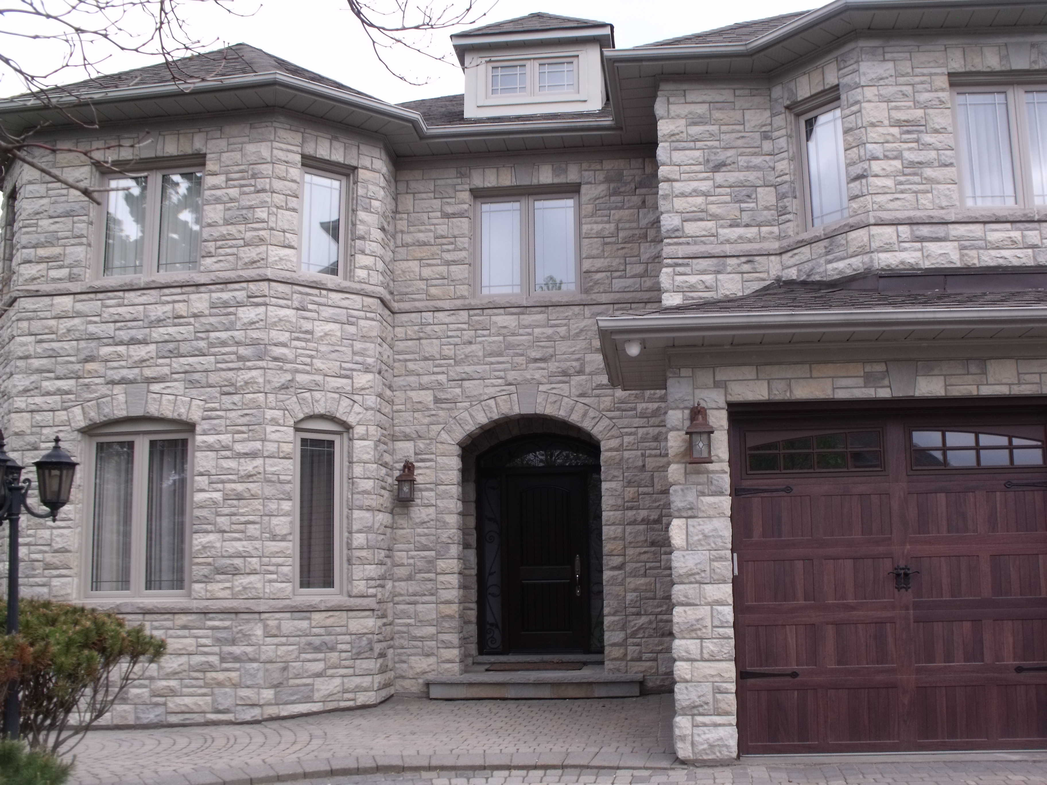 Exterior House Stone Richmond Hill